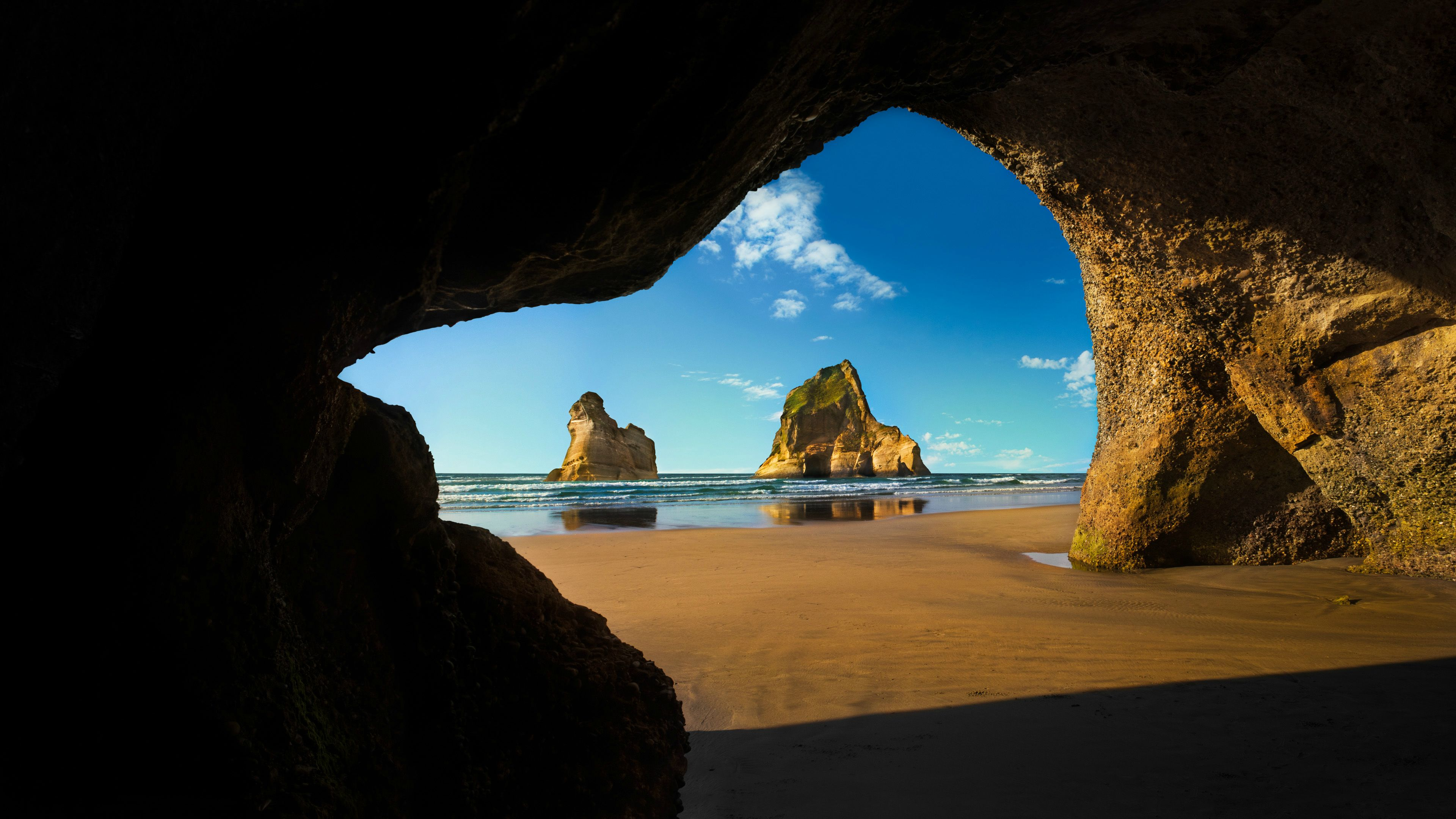 lock screen wallpaper,natural arch,nature,formation,rock,sky