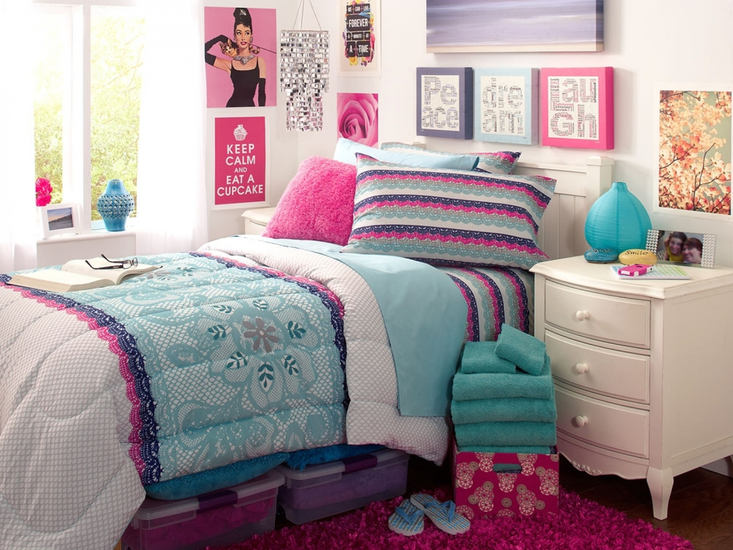 girly wallpapers for bedrooms,bedroom,bed sheet,furniture,bedding,pink