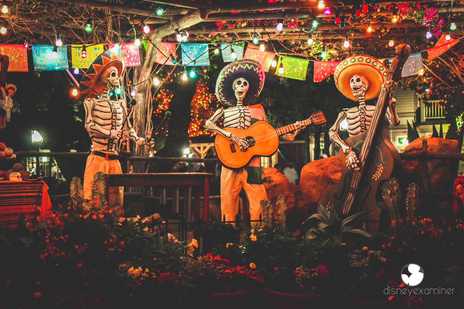 dia de los muertos wallpaper,music,musician,performance,stage,guitarist
