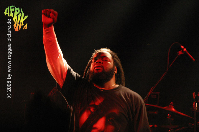 lucky dube wallpapers,performance,entertainment,music,red,concert