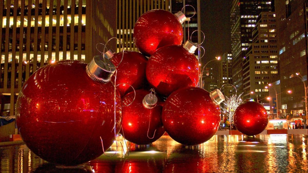 apple christmas wallpaper,christmas decoration,christmas ornament,christmas,ornament,christmas eve