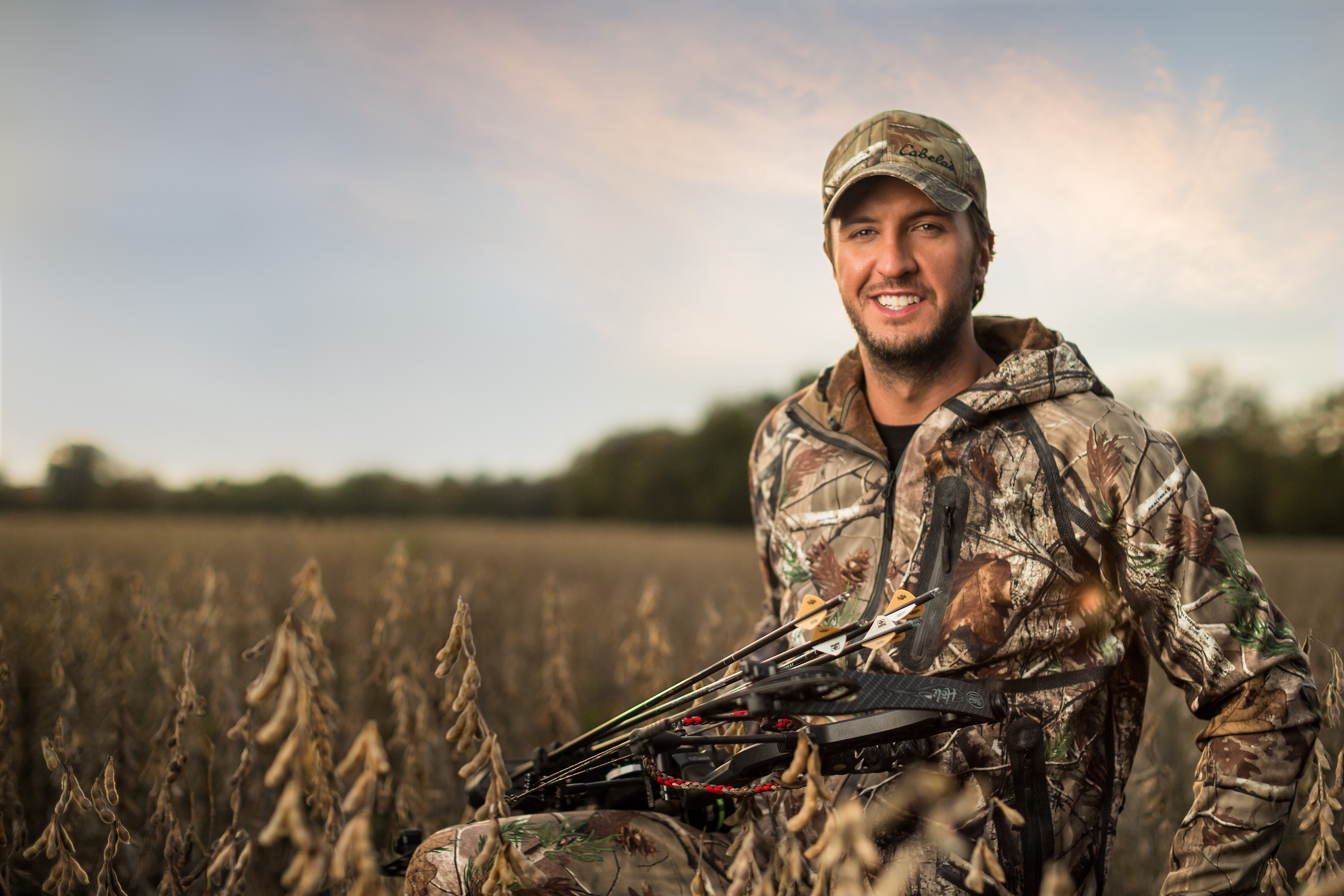luke bryan wallpaper,hunting,soldier,duck,grass family,military camouflage