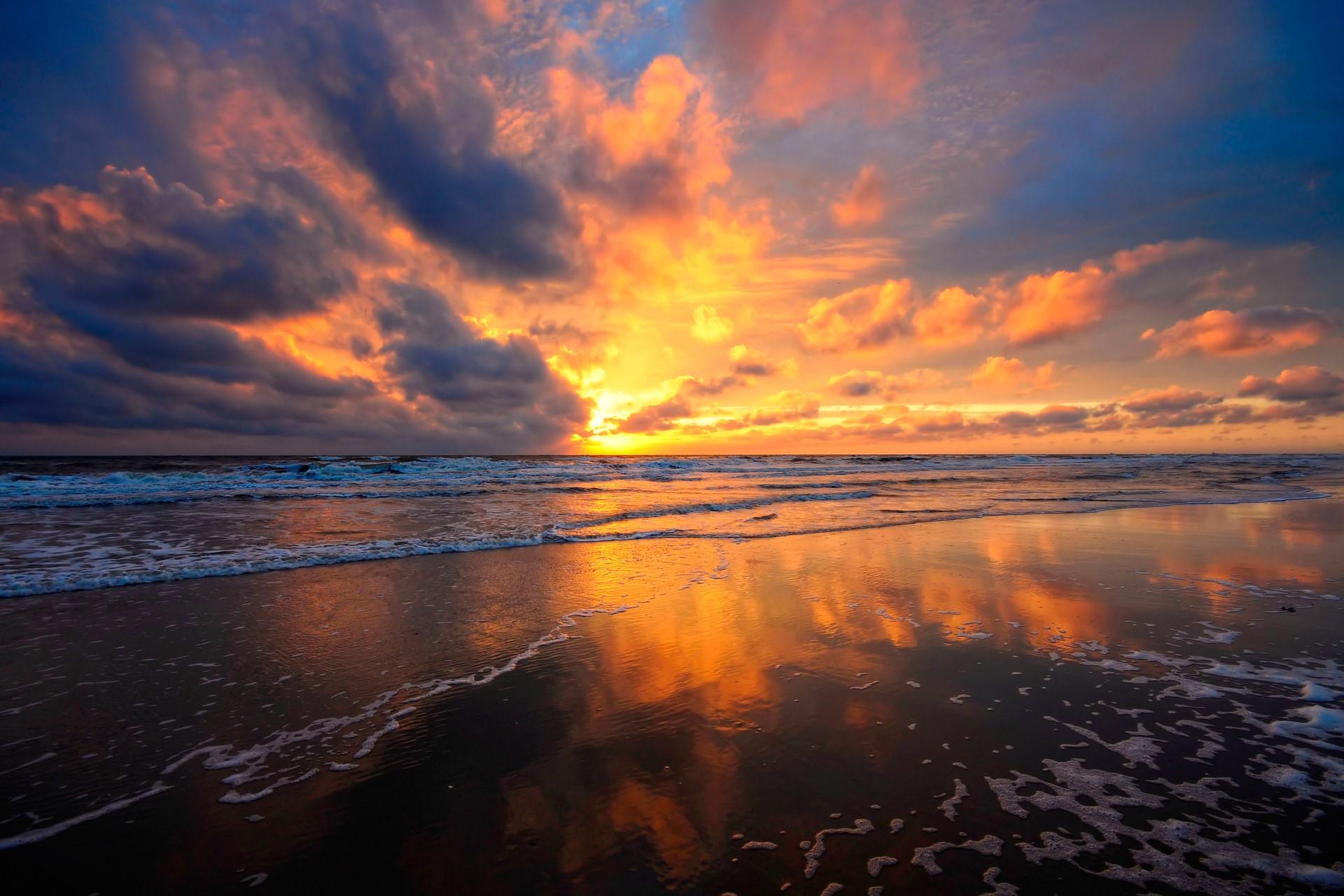 sunset clouds wallpaper,sky,horizon,nature,cloud,sea