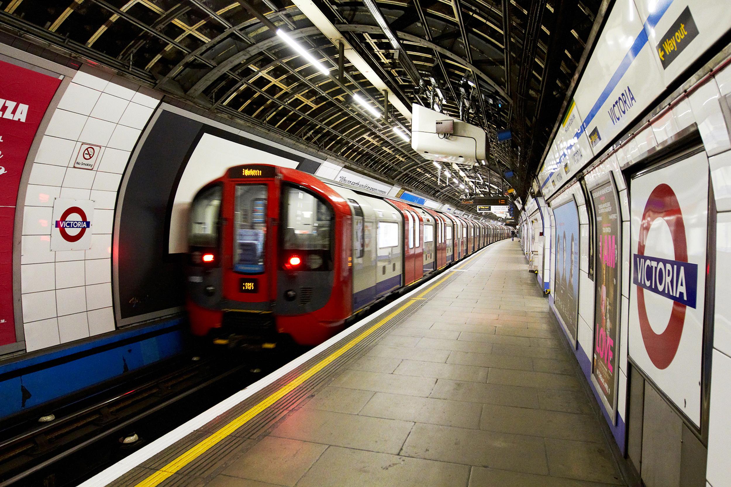 london underground wallpaper,transport,public transport,train station,metro station,rolling stock