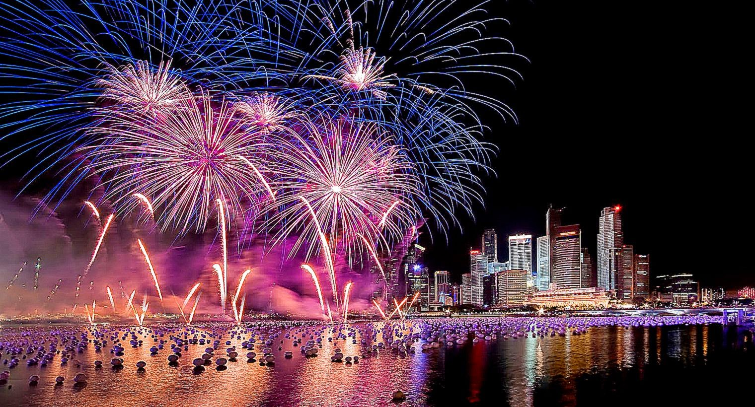 hd wallpapers for dell laptop,fireworks,new years day,night,pink,reflection
