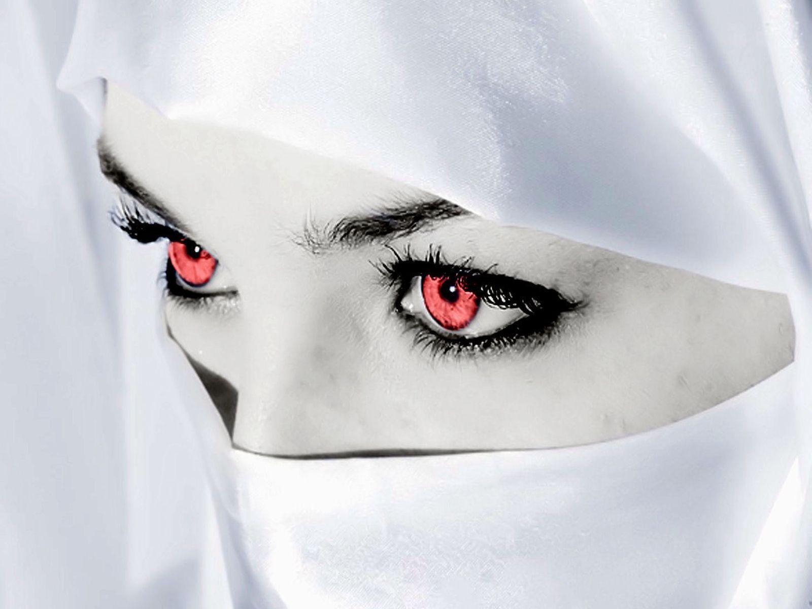 free woman wallpaper,white,face,eyebrow,eye,head